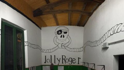 Pasqua Rover 2016 Jolly Roger